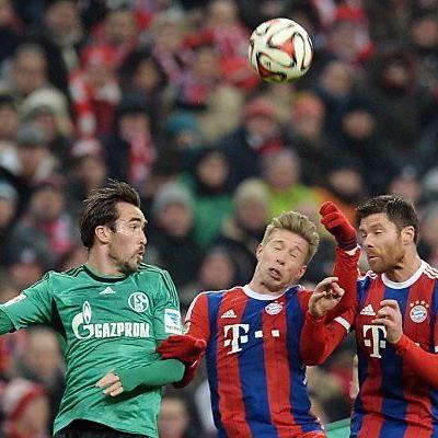 Fuchs (l.) spielte gegen die Bayern durch