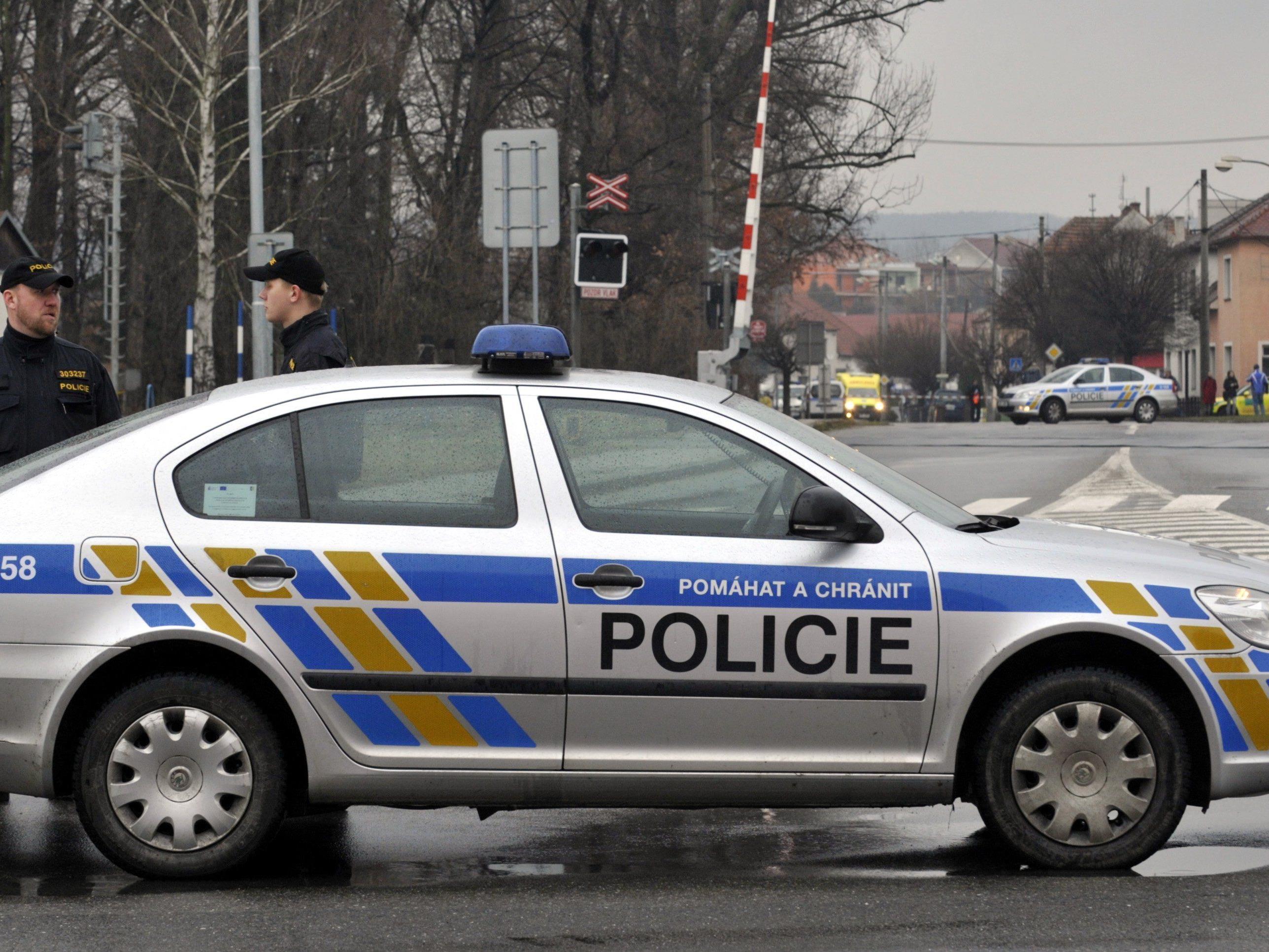 In Tschechien soll ein Mann neun Menschen erschossen haben.
