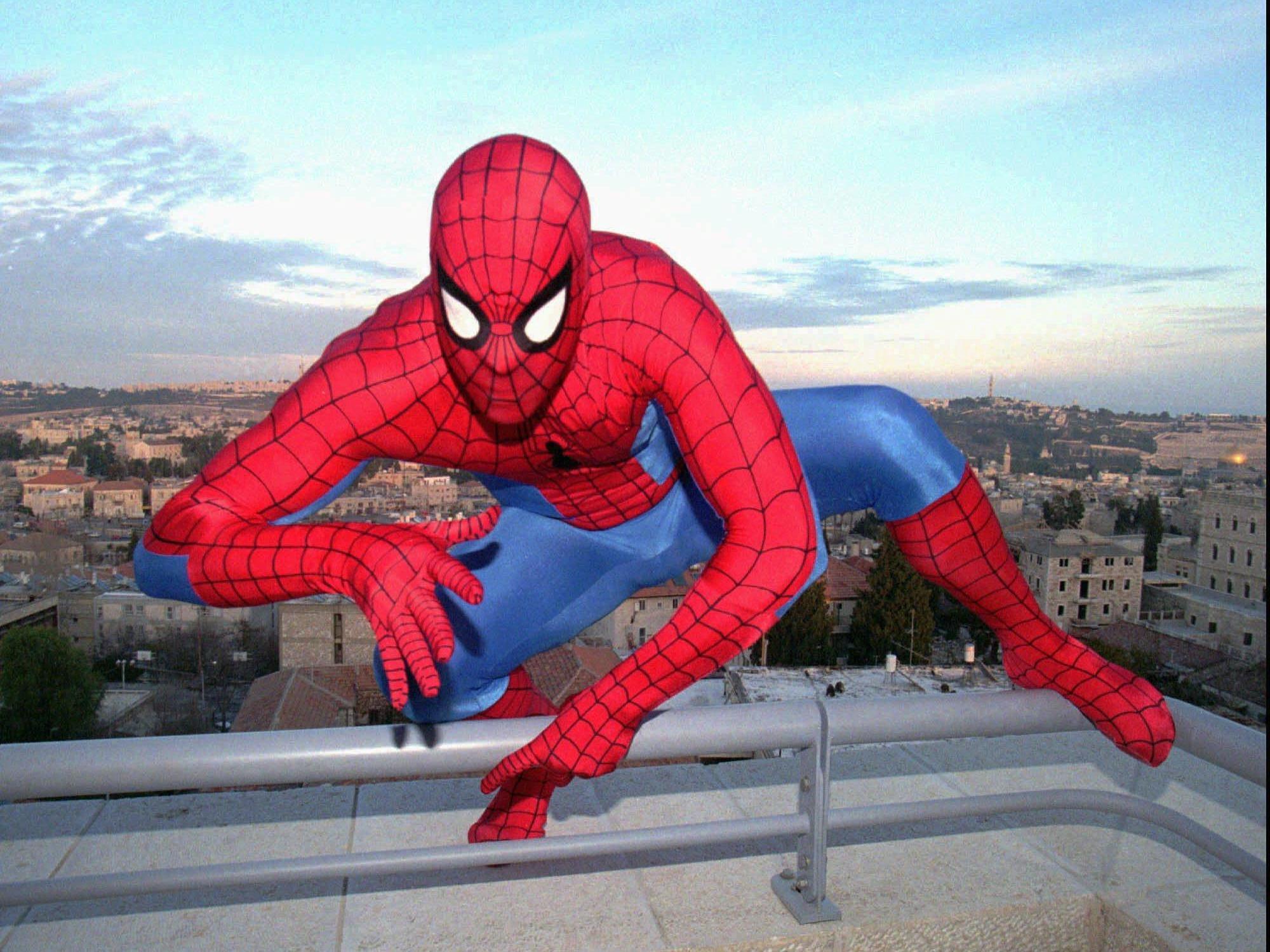 Ab 2016 schwingt Spiderman auch bei Marvel durch die Filme.