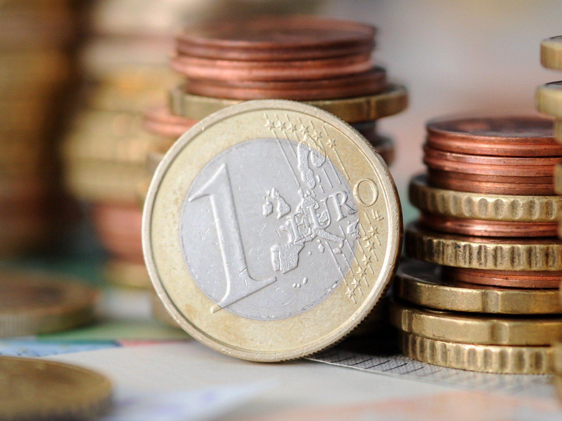 Österreicher machen sich laut Umfrage sorgen um ihr Erspartes.