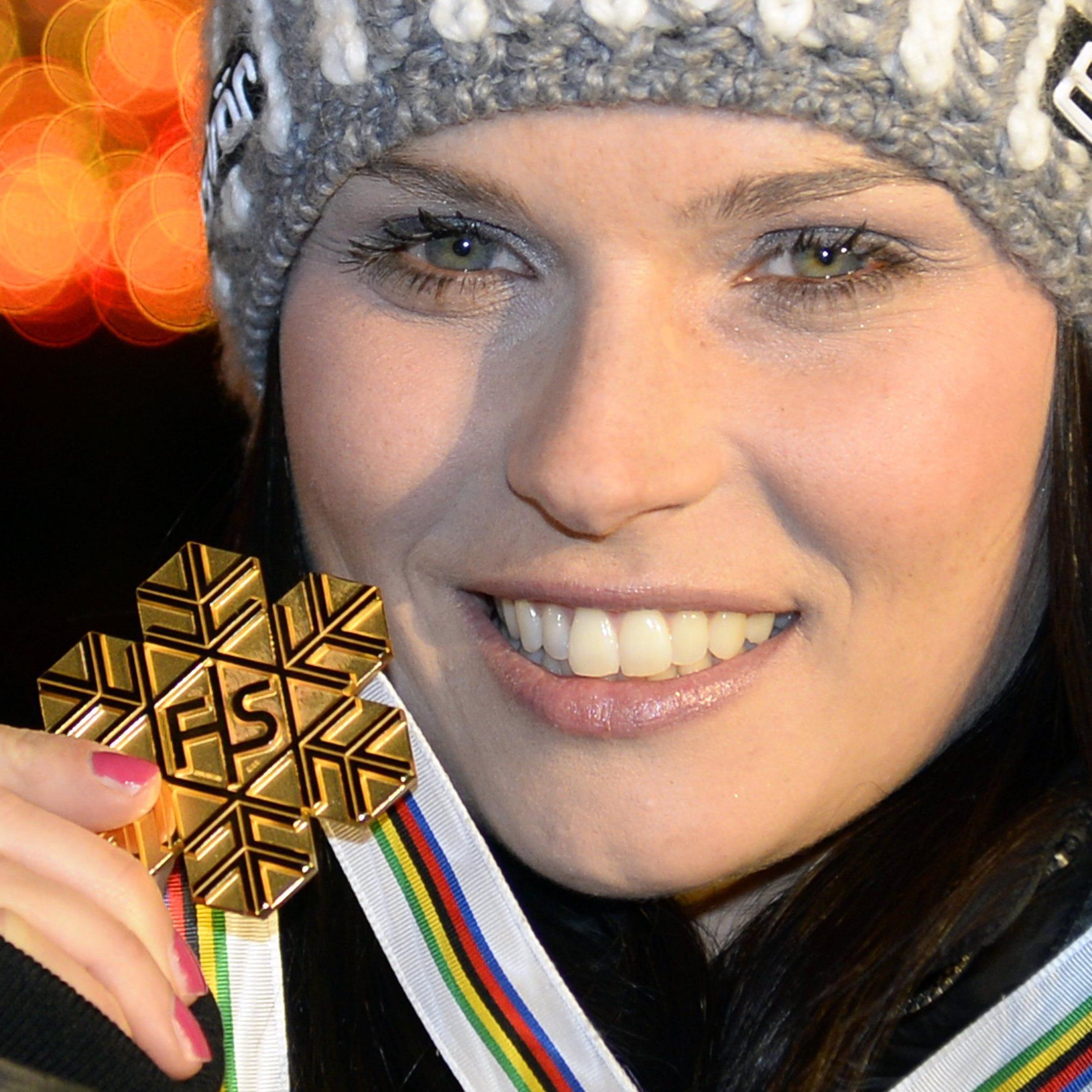 Beim ersten Rennen gleich die Goldmedaille: Anna Fenninger.