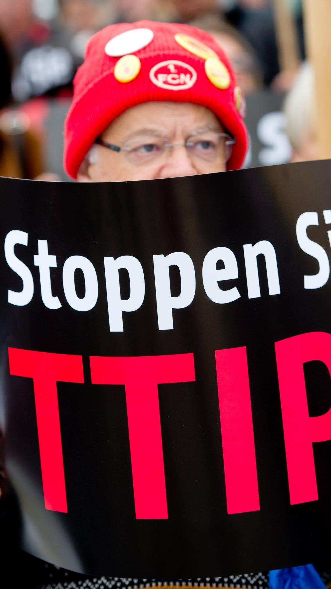 Erstmals TTIP-Gespräche unter neuer EU-Kommission.