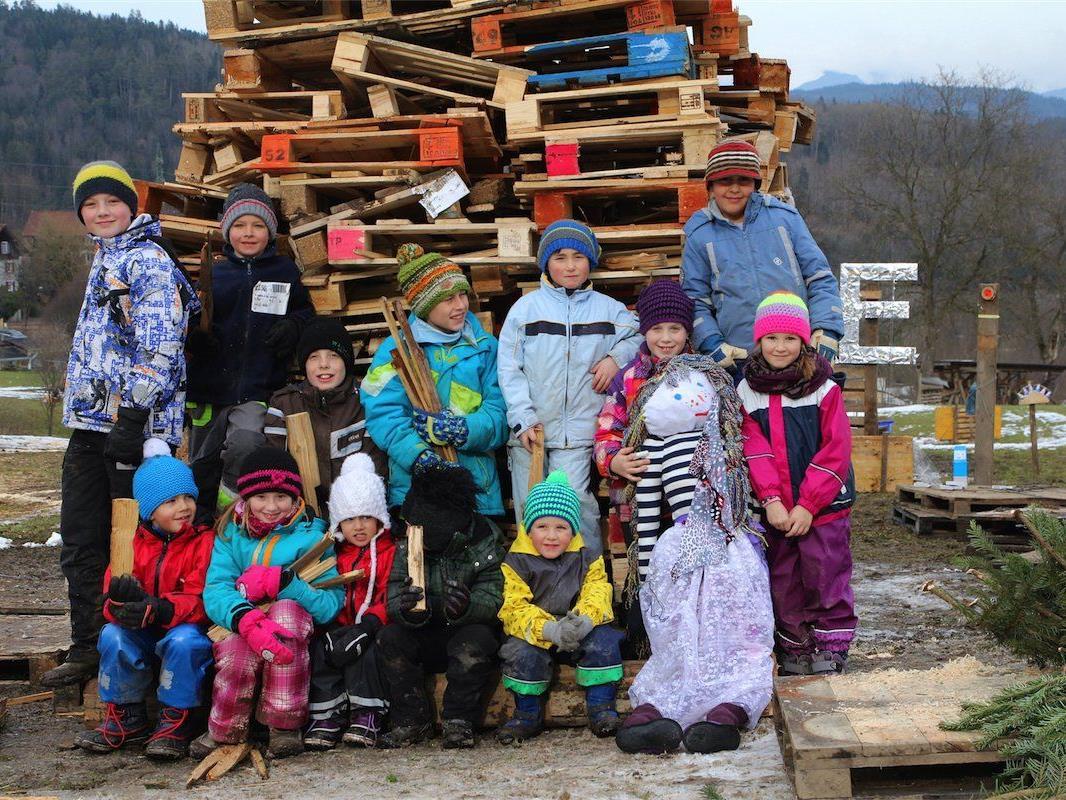 Ein Höhepunkt jagte das nächste: Für die Kleinen war der selbstgebaute Kinderfunken das Größte.