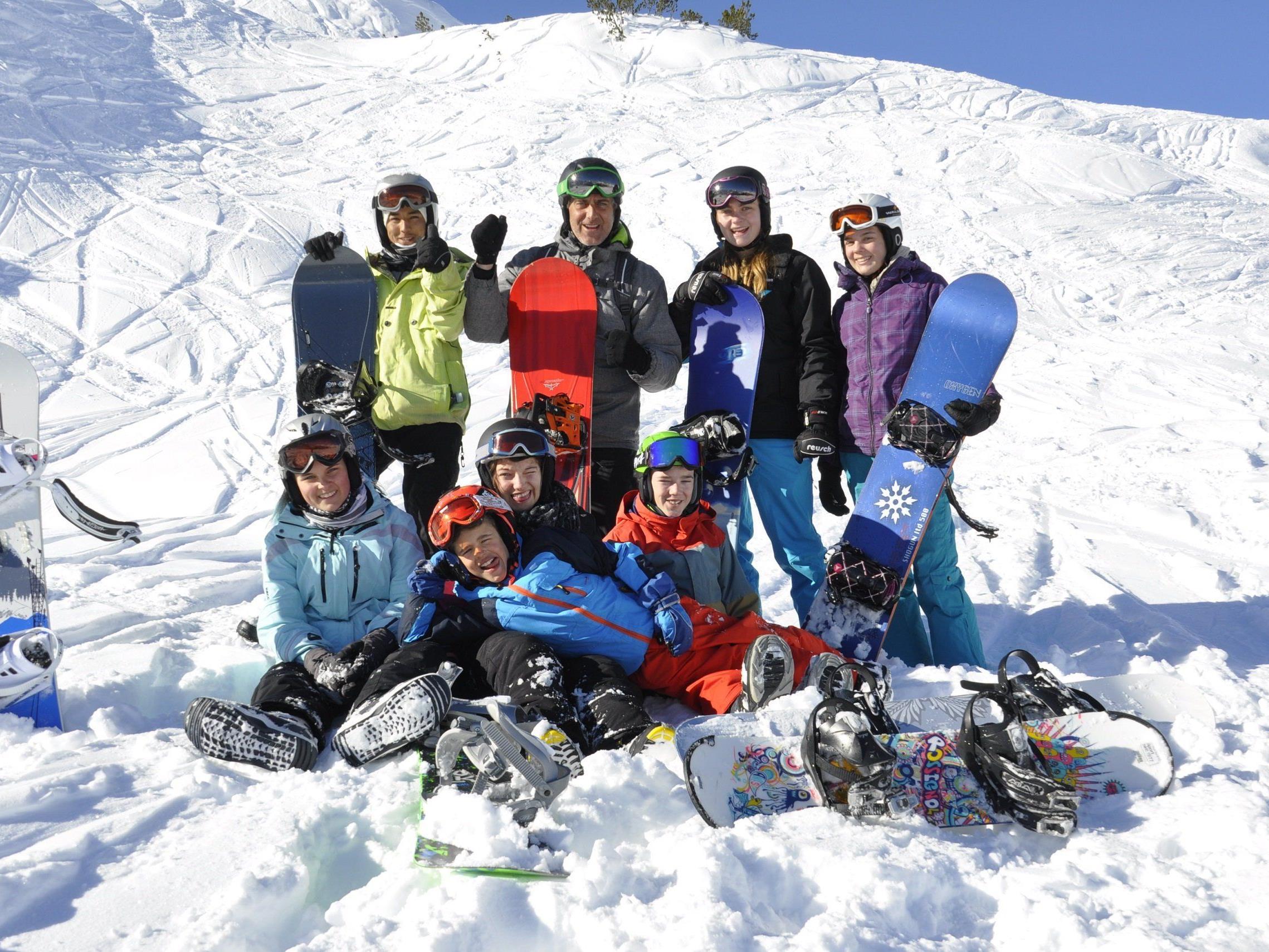 Offene Jugendarbeit Vorarlberg: Schi- & Snowboardcamp 2015.