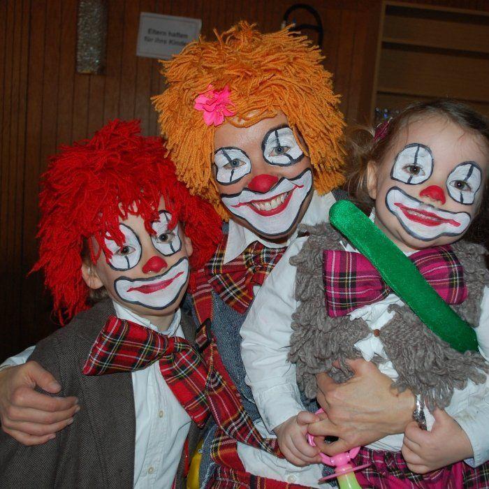 Eine Clownfamilie!