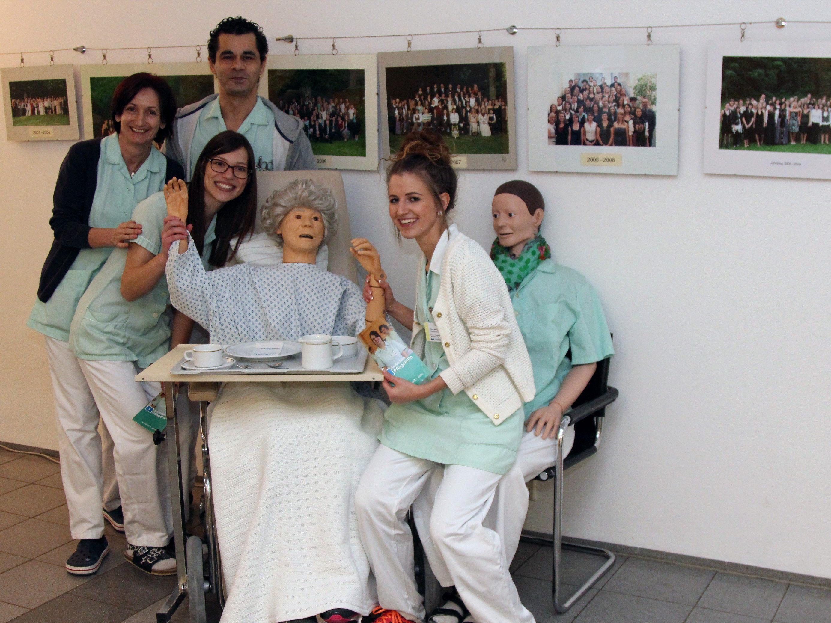 Viele Interessierte konnten bei der Info-Lounge der Pflegeschule Feldkirch beraten werden.