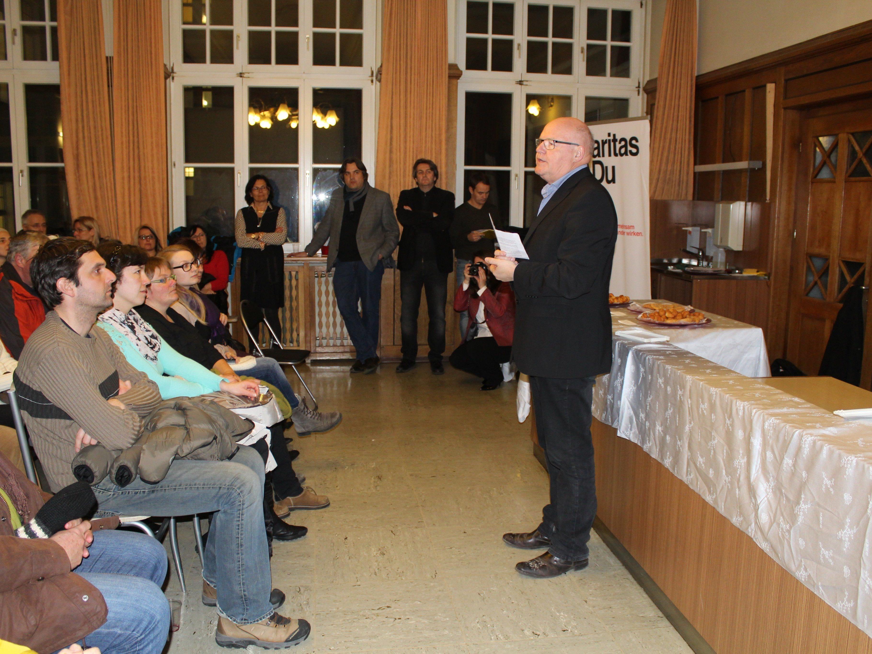 Caritasdirektor Peter Klinger informierte zur Flüchtlingslage.