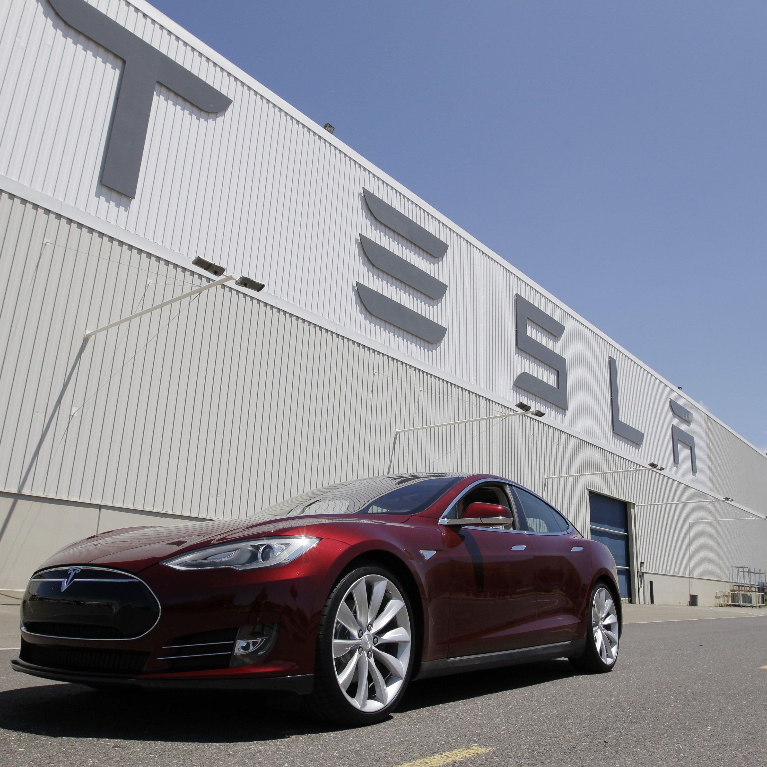 Tesla Akkus sollen in naher Zukunft Häuser mit Strom versorgen.