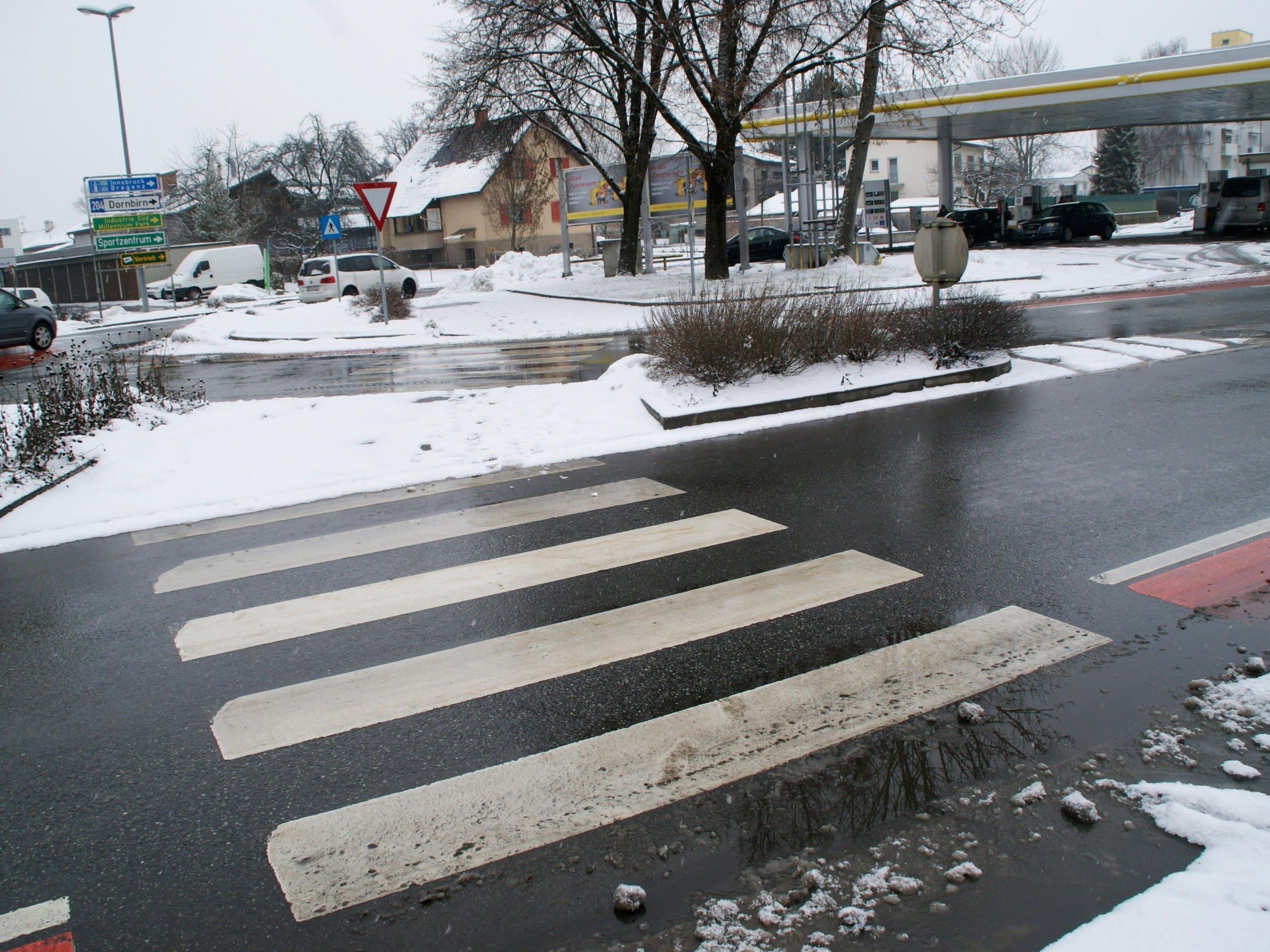 Der Engel Kreisverkehr birgt viele Gefahren für Radler und Fußgänger