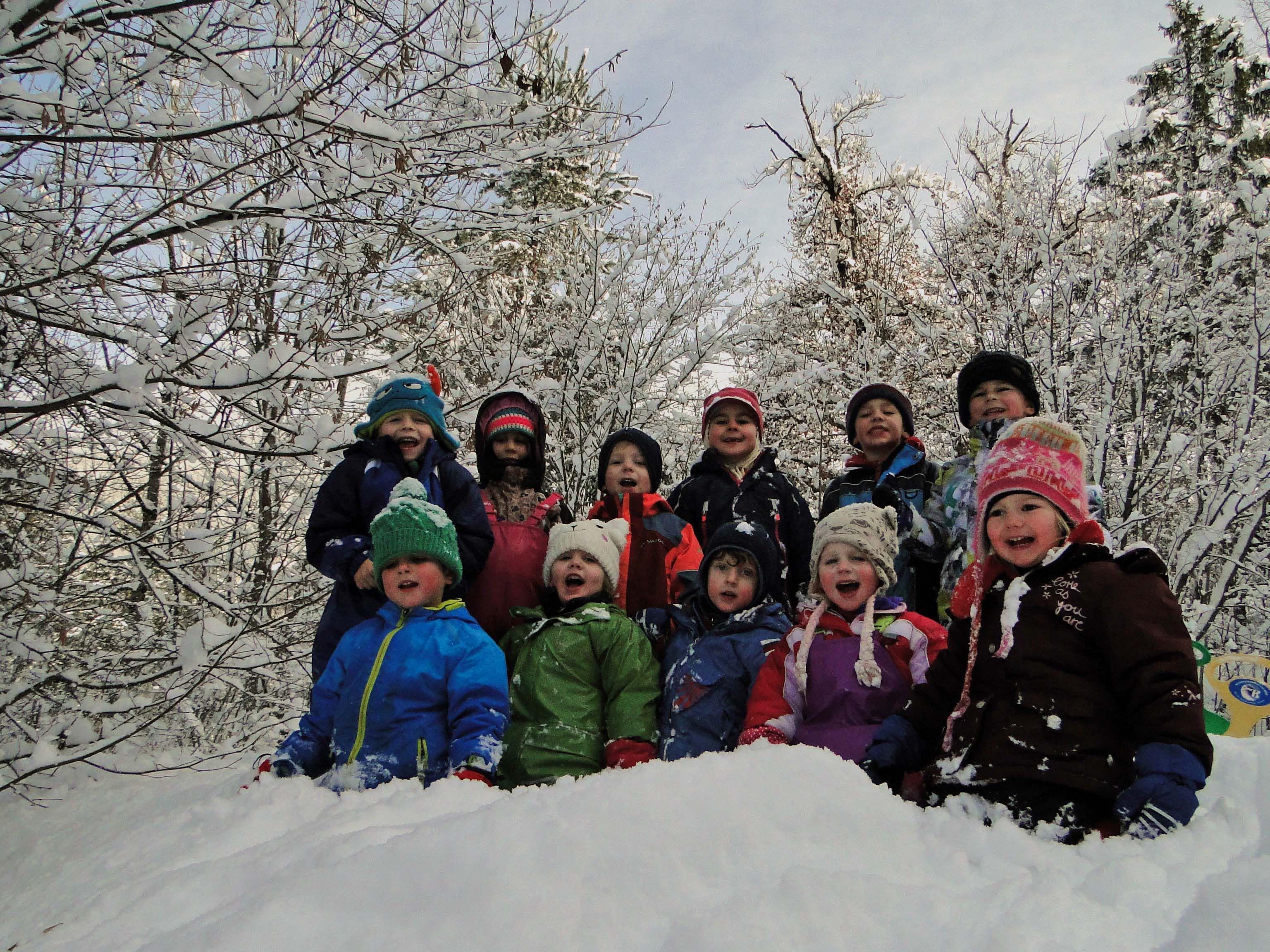 Im Bludenzer Waldkindergarten findet der Kindergartenalltag im Freien statt.