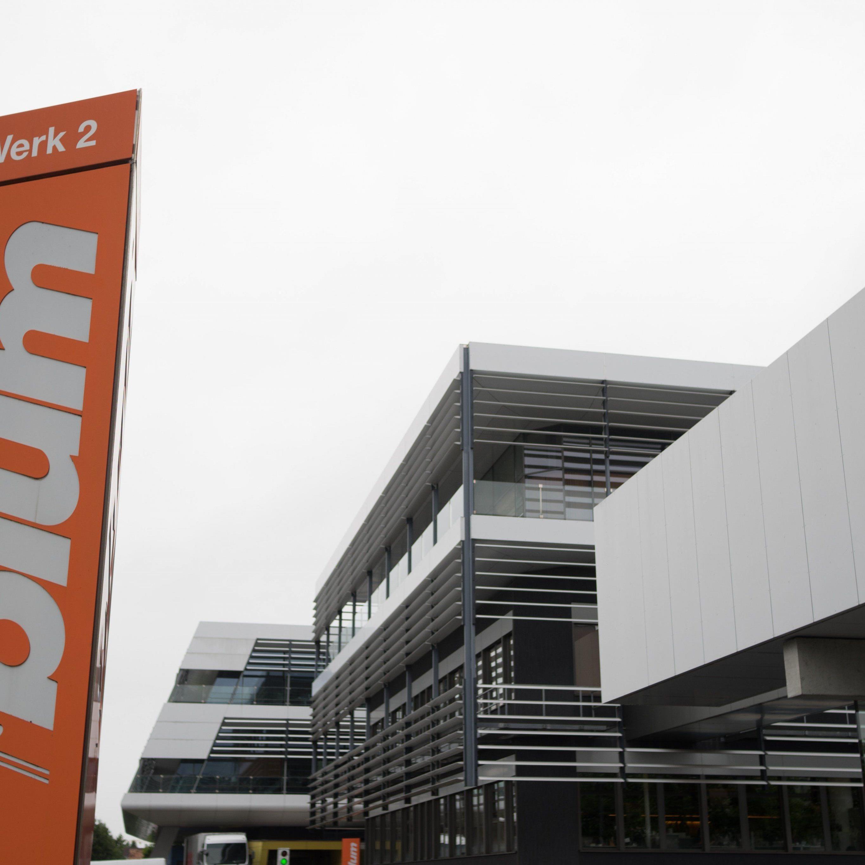 Blum bestätigt Grundstückskauf in Dornbirn Wallenmahd