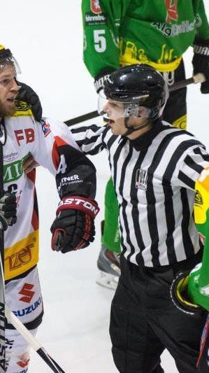 EHC Lustenau unterlag Feldkirch vor knapp 2000 Zuschauern mit 3:4.