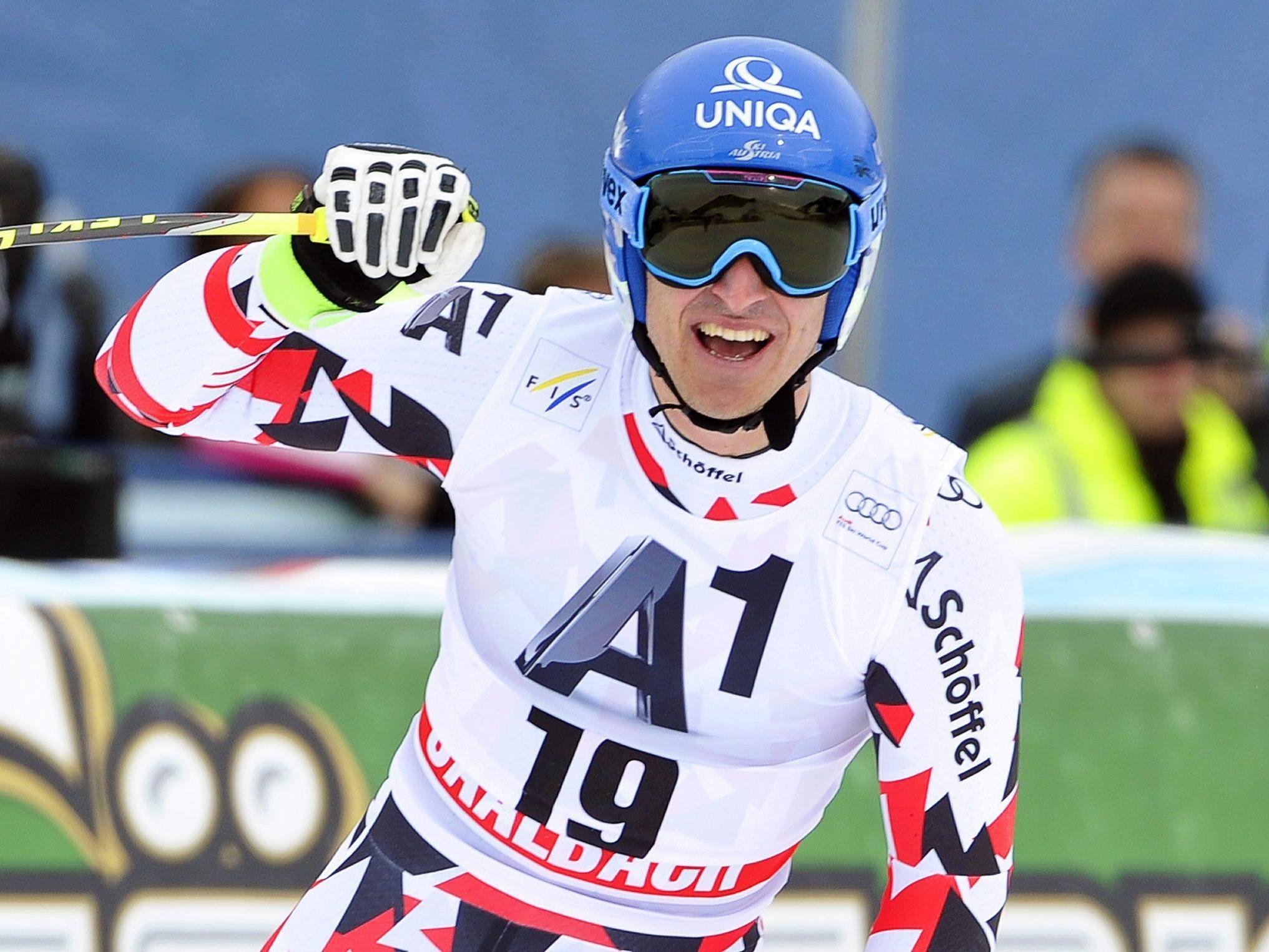 Olympiasieger 2/100 vor Max Franz - Reichelt komplettierte als Dritter Österreichs Triumph.