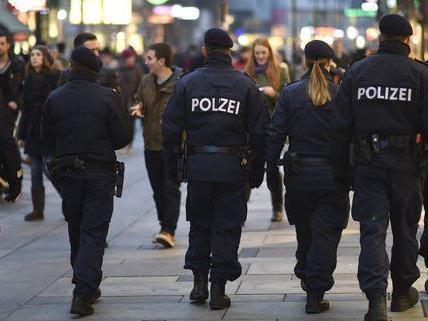 5000 Personen hat die Bereitschaftseinheit in Wien festgenommen.