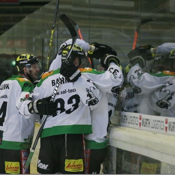 Jubelstimmung beim EHC Lustenau nach dem zweiten Sieg im Halbfinale.