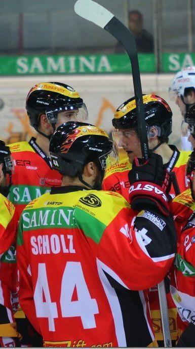 VEU Feldkirch braucht im zweiten INL-Halbfinale gegen Jesenice dringend einen Sieg.