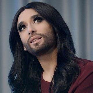 """Conchita Wurst: """"Mein Kopf ist manchmal ein buntes Karussell"""""""