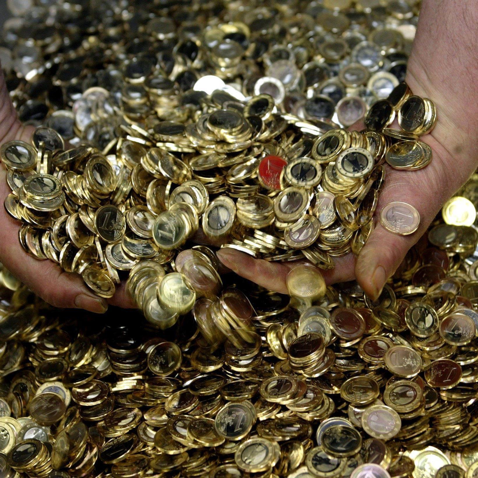 Ab Montag öffnen sich die Euro-Schleusen.