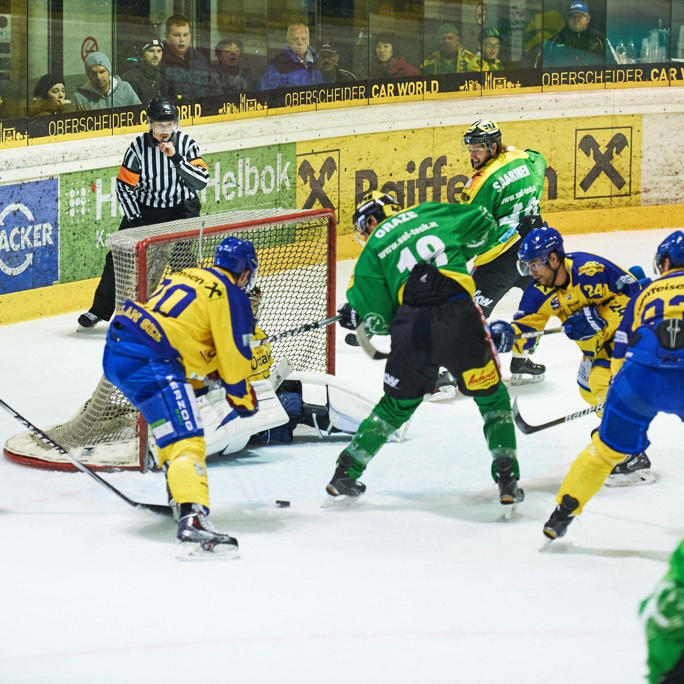 Grün-Gelb ist die Modefarbe in der Rheinhalle auch im Halbfinale gegen Zell am See