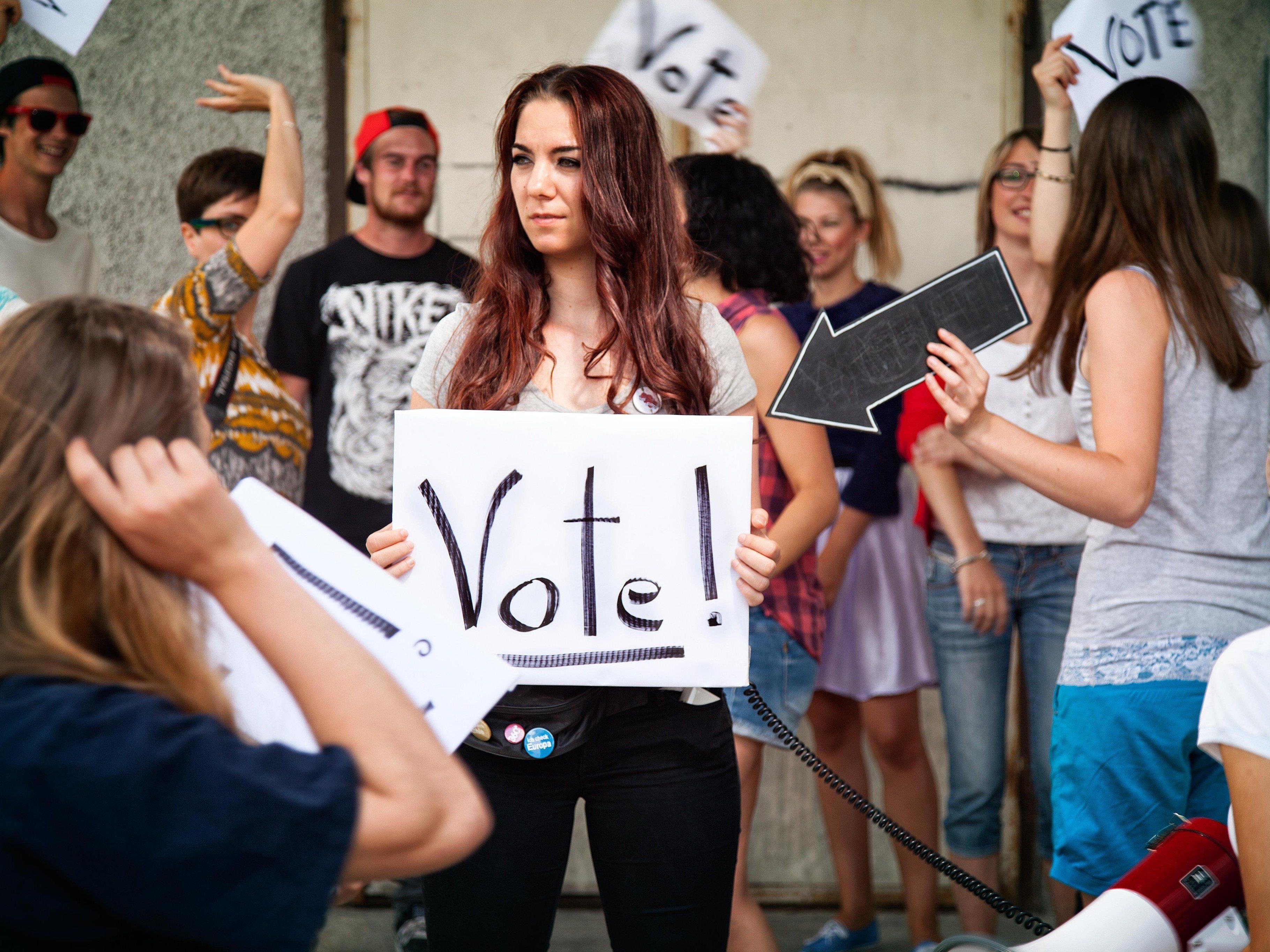 Tipps und Infos zu den bevorstehenden Gemeindevertretungs- und Bürgermeisterwahlen gibt es im aha.