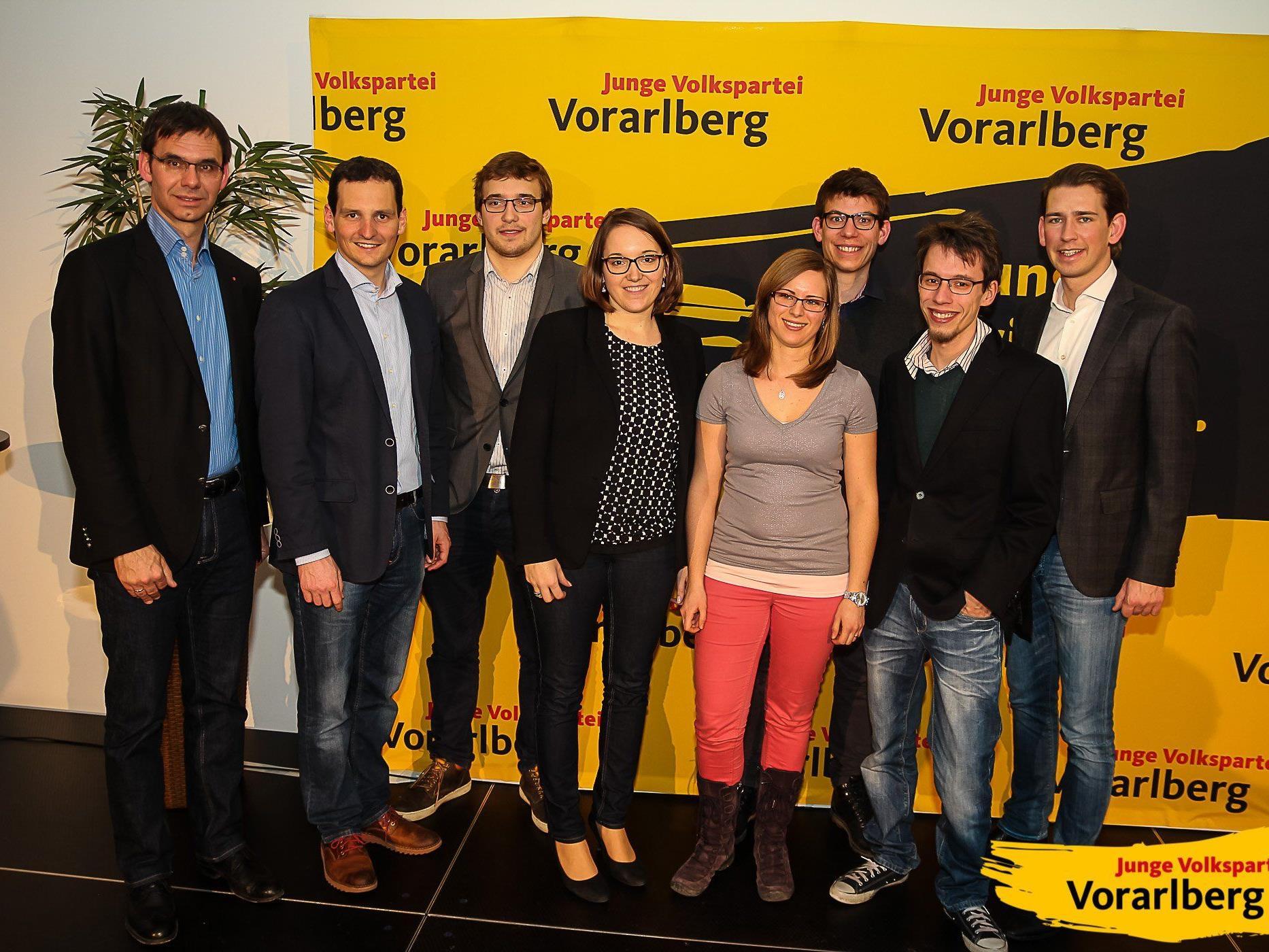 Gruppenfoto amKumma mit LH Markus Wallner und Außenminister Sebastian Kurz
