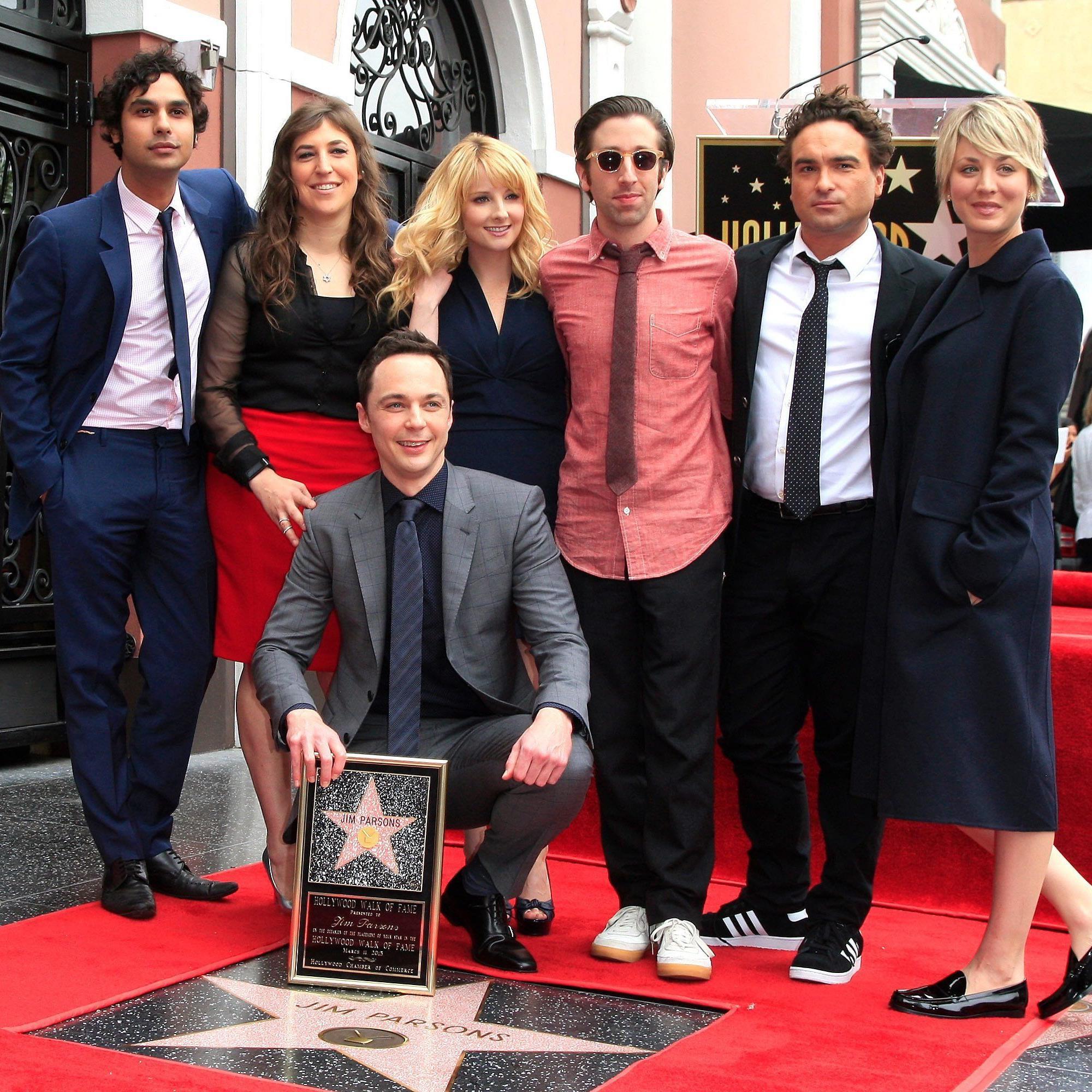 """Auch die """"Big Bang Theory""""-Kollegen waren bei der Verleihung dabei."""