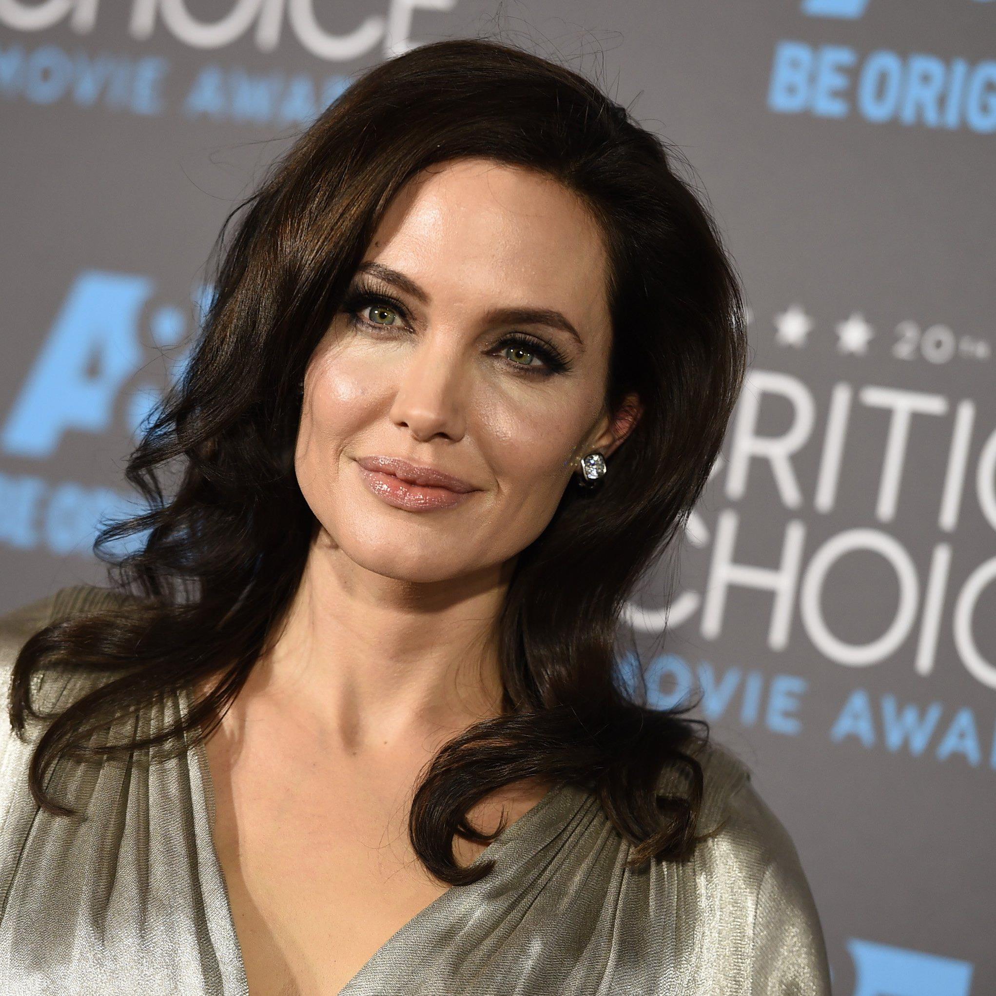Hohes Krebsrisiko: Angelina Jolie ließ sich nach der Brust auch die Eierstöcke entfernen.