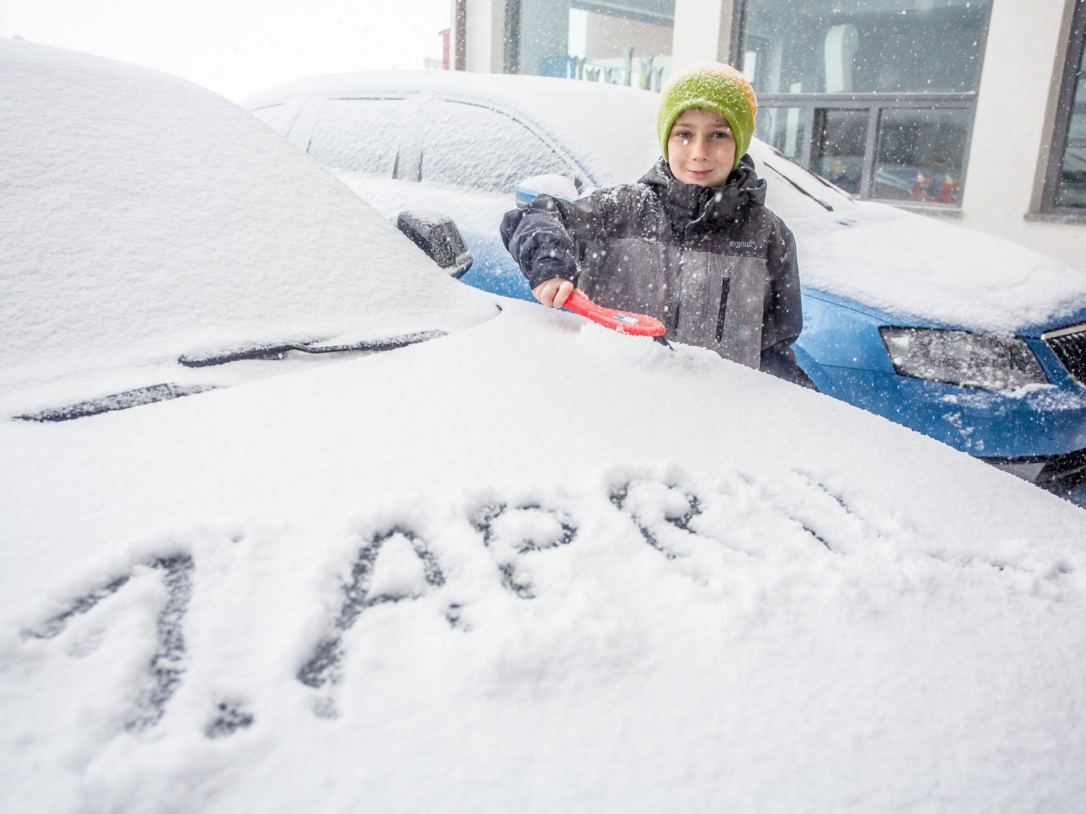 Verkehrsbehinderungen am 1. April - Schnee auch am Osterwochenende.
