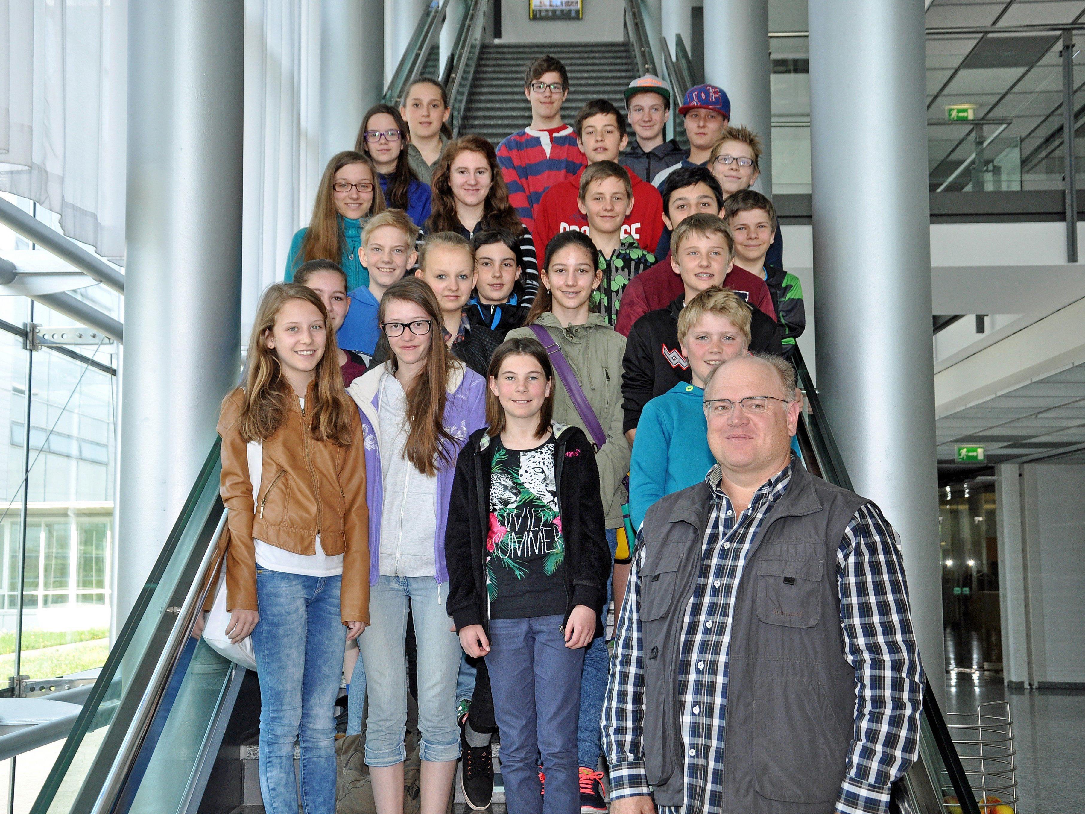 Die Schüler der Klassen 3a und 3b der Mittelschule Klostertal bekamen einen Einblick in die heimische Medienlandschaft.