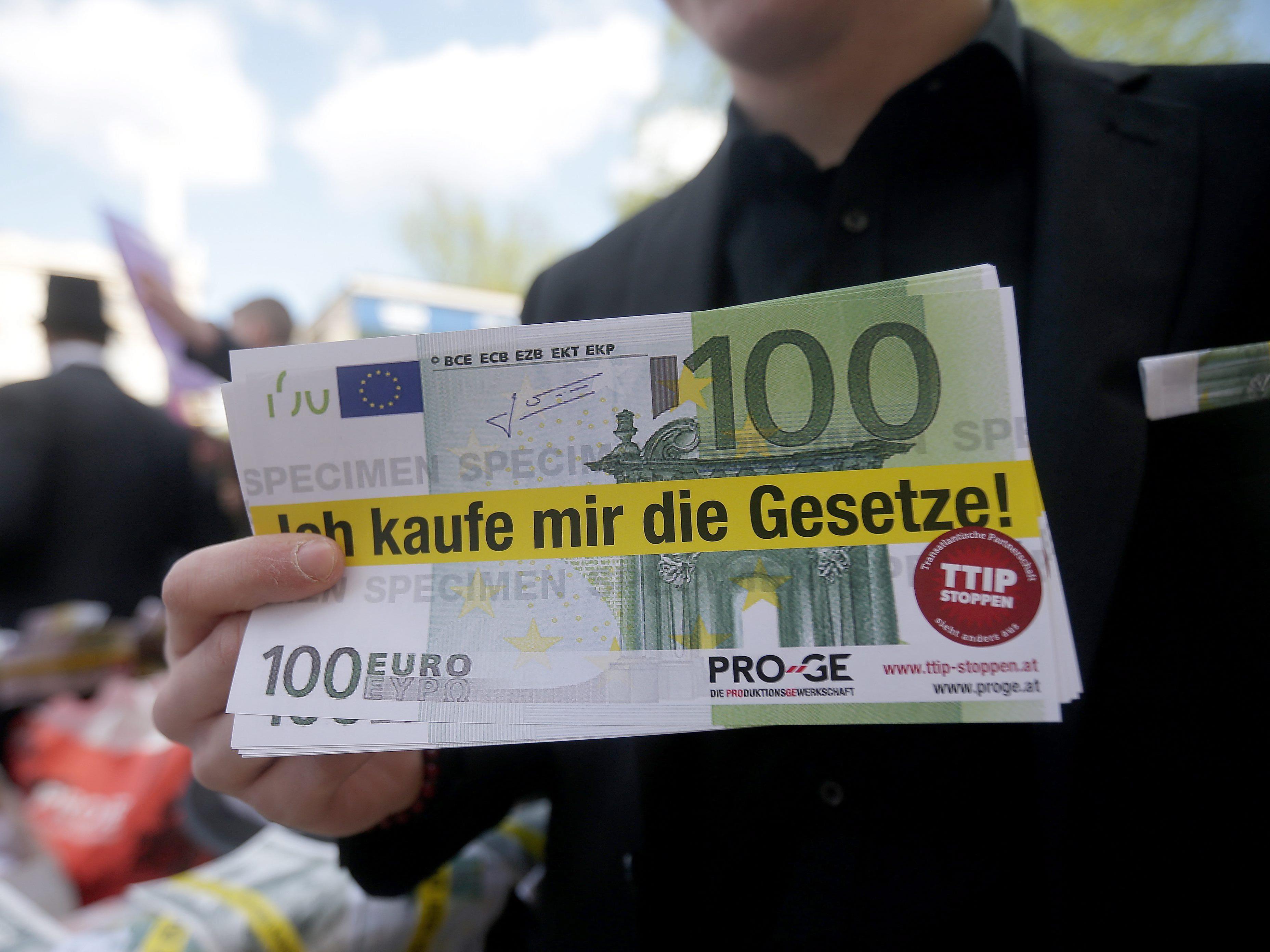 Widerstand im EU-Parlament gegen Schiedsgerichte.