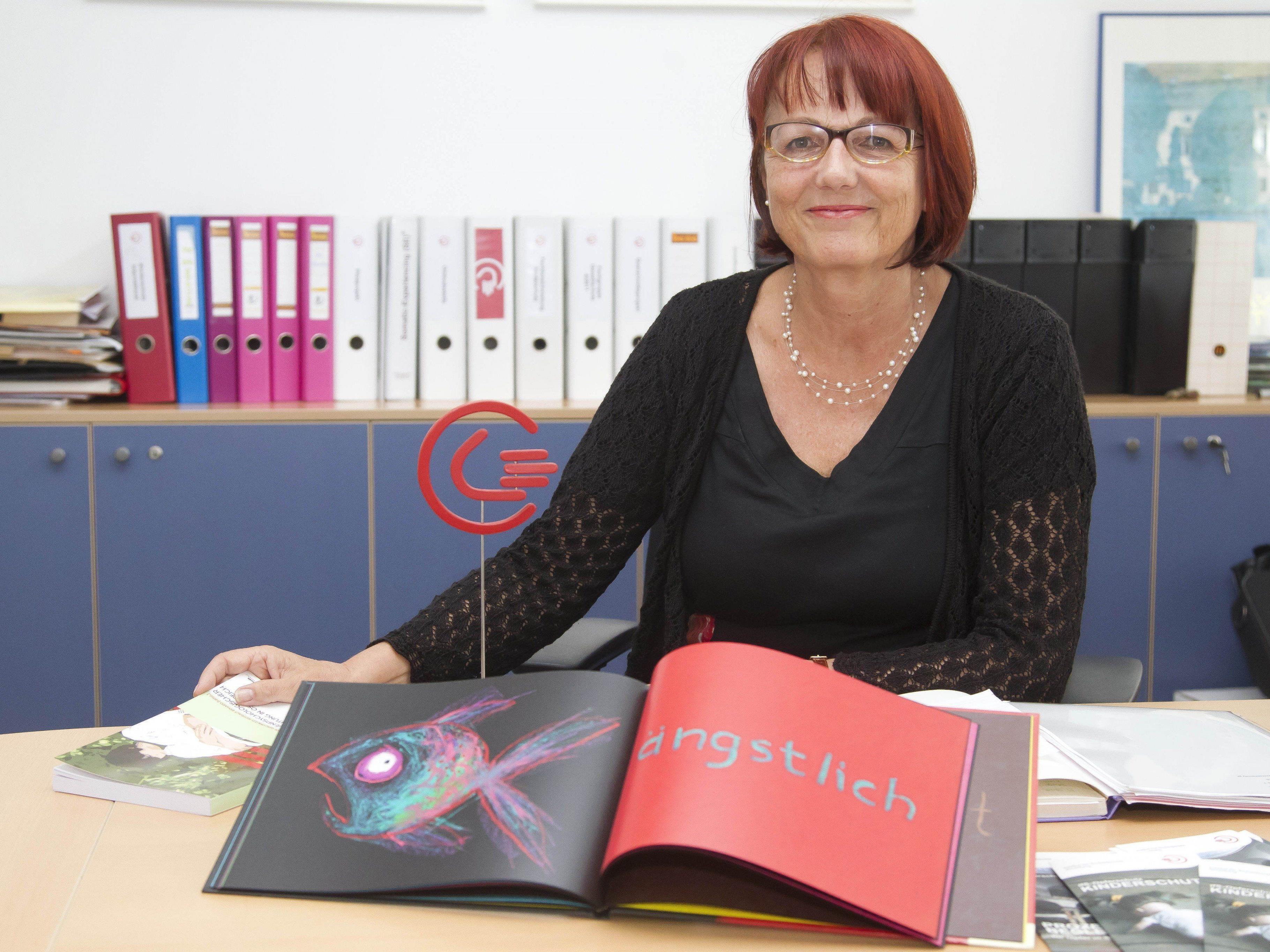 Ruth Rüdisser ist promovierte Psychologin und Leiterin der ifs-Beratungsstelle in Bregenz.