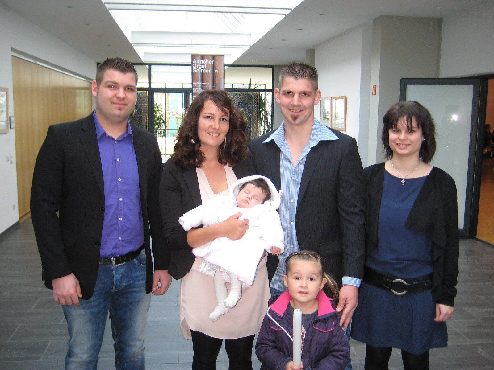 Lina Hofer wurde getauft.