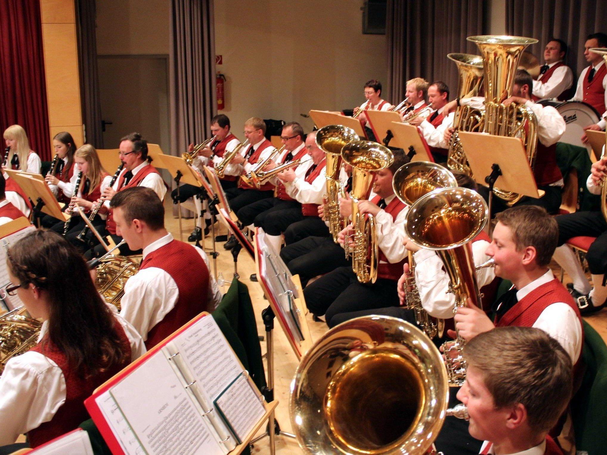 Der Musikverein Bildstein lädt zum Konzert.
