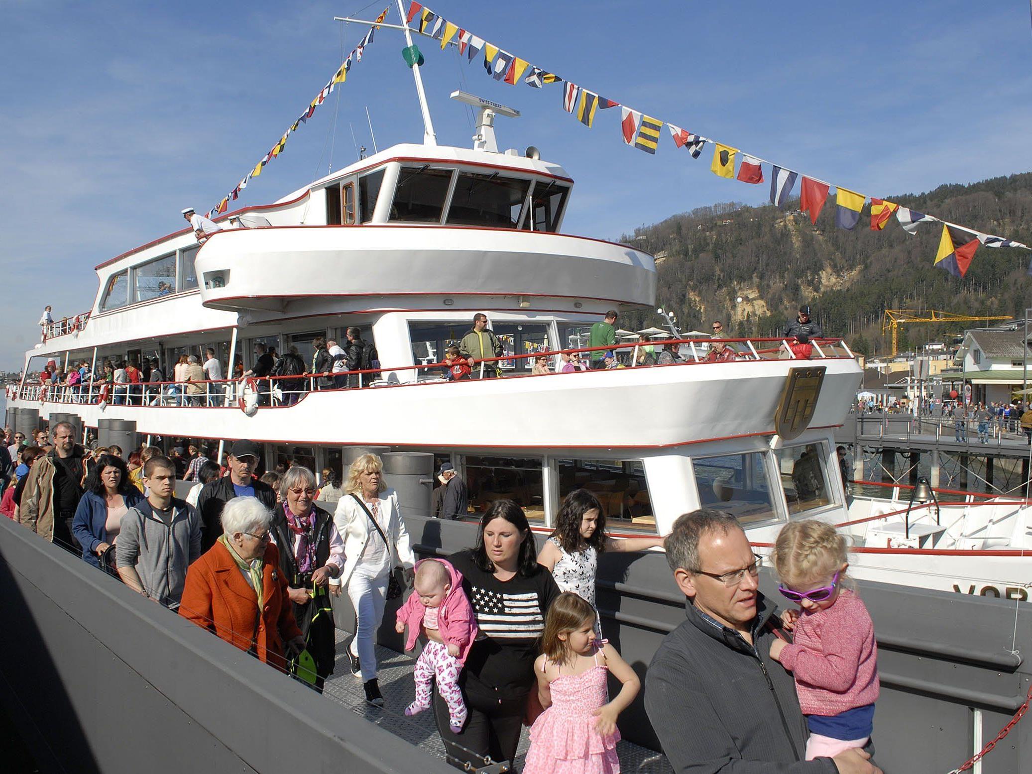 """Eine halbstündige Rundfahrt mit der MS Vorarlberg kostete am """"Tag der Schifffahrt"""" nur einen Euro."""