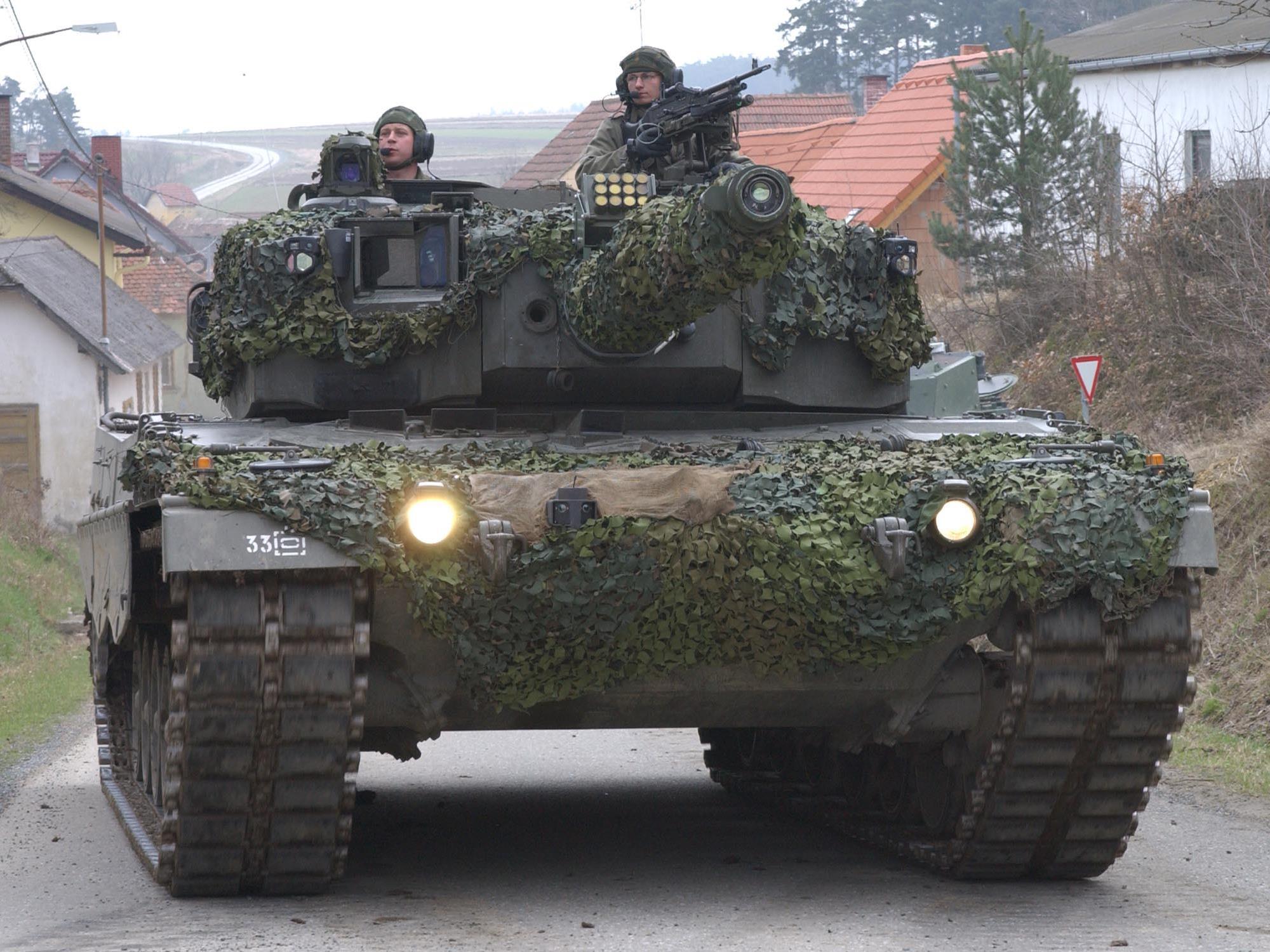 """Das österreichische Bundesheer baut seinen Bestand an """"Leos"""" ab, Deutschland erhöht ihn wieder."""
