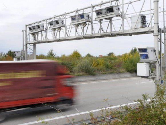 Eine Ausweitung der Lkw-Maut habe kaum Auswirkung auf die Preise, meint zumindest der VCÖ.