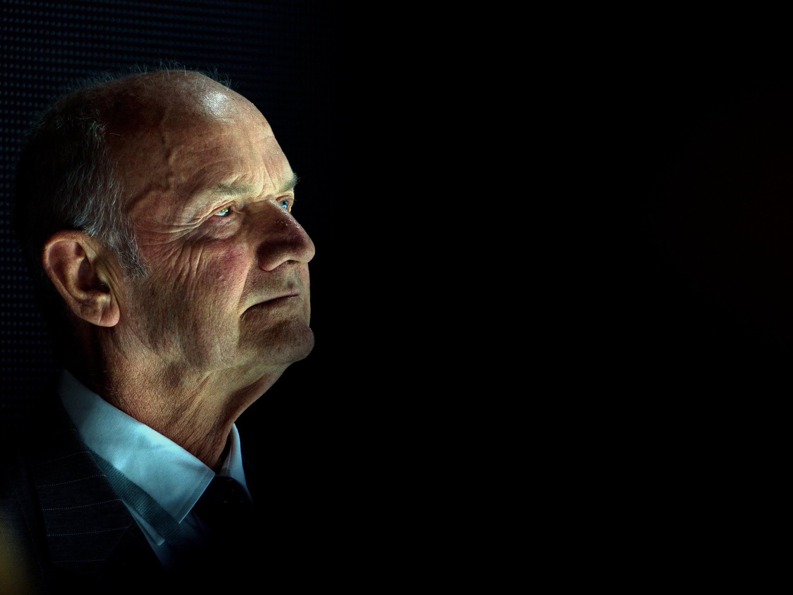 Geht er in den Ruhestand oder geht der Machtkampf erst richtig los? Piech ist schließlich nach wie vor Aktionär...