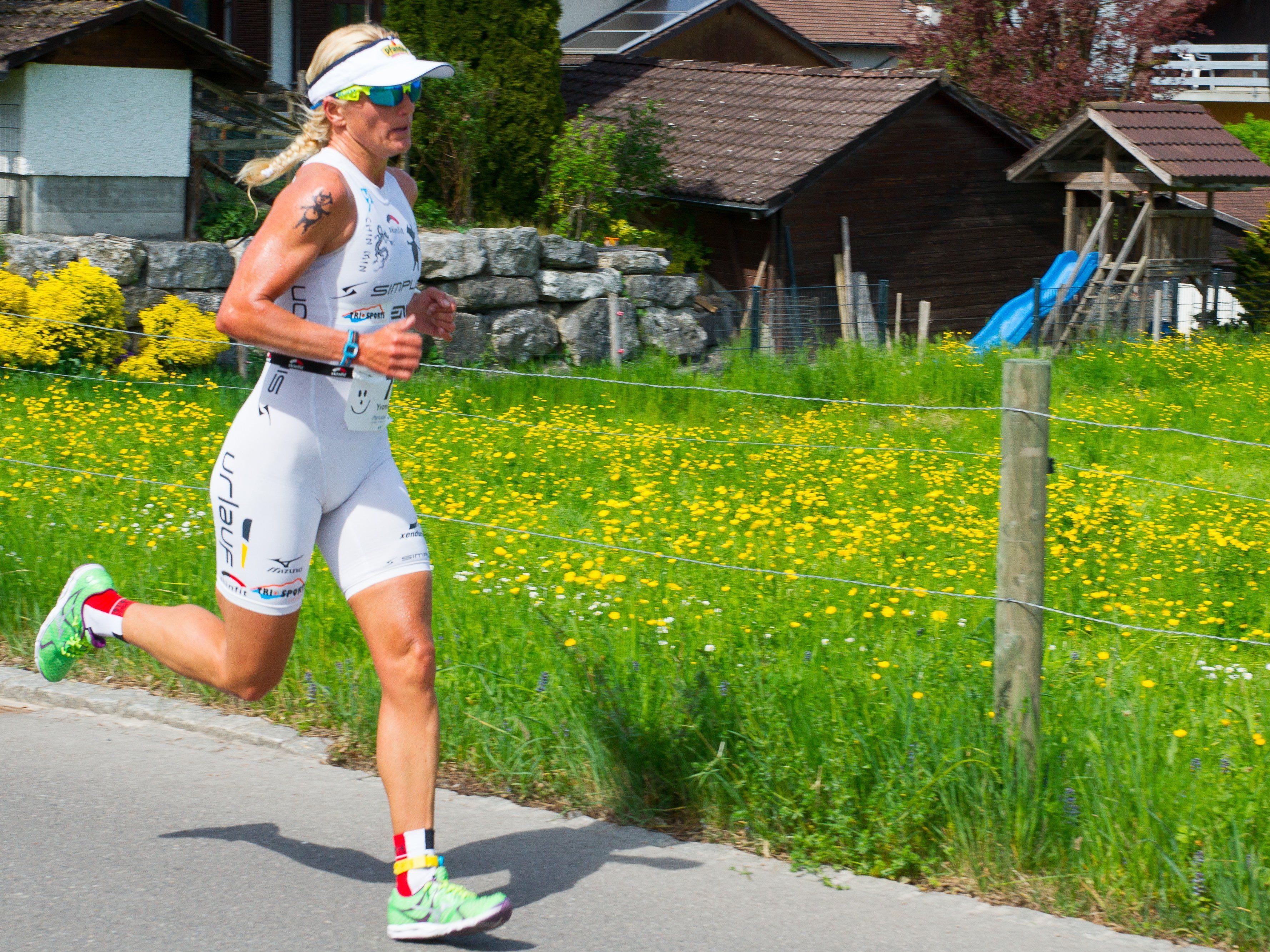 Yvonne van Vlerken gewinnt zum Auftakt