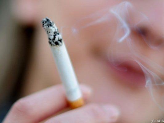 Raucher schaden auch ihren Mitmenschen