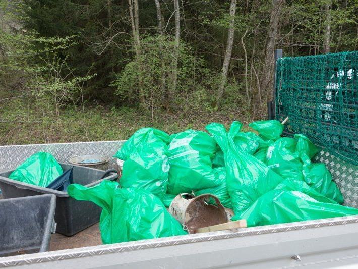 Die Flurreinigungsaktion in Vandans war ein voller Erfolg für die Umwelt.