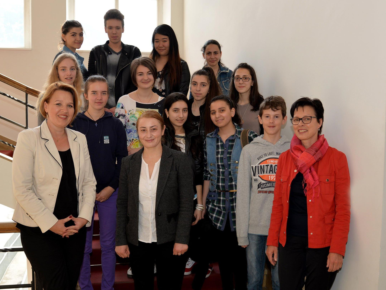 Besuch einer armenischen Schülergruppe im Rathaus Dornbirn.