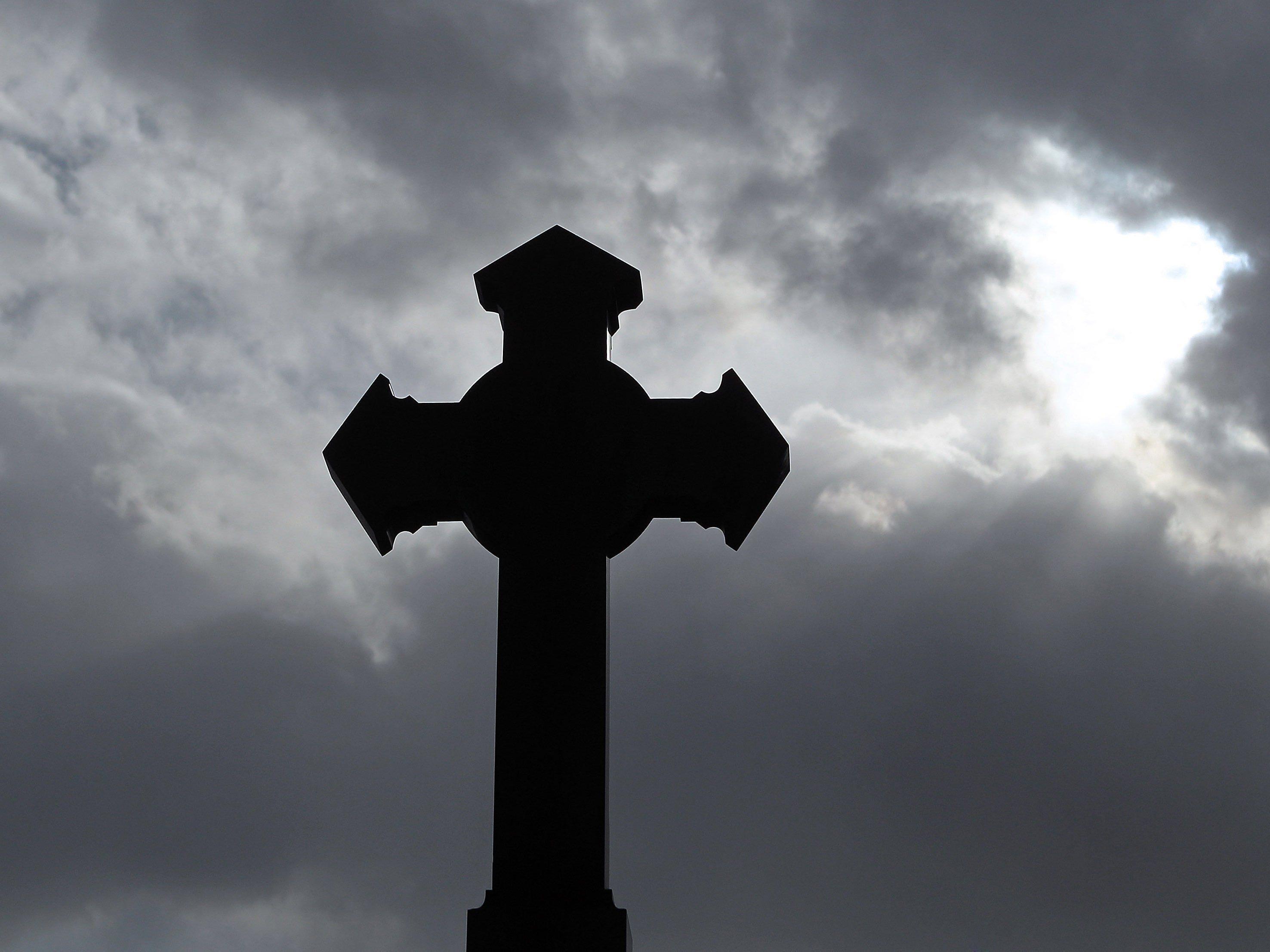 In der evangelischen Kirche ist es Frauen längst erlaubt, ein Priesteramt auszuüben.