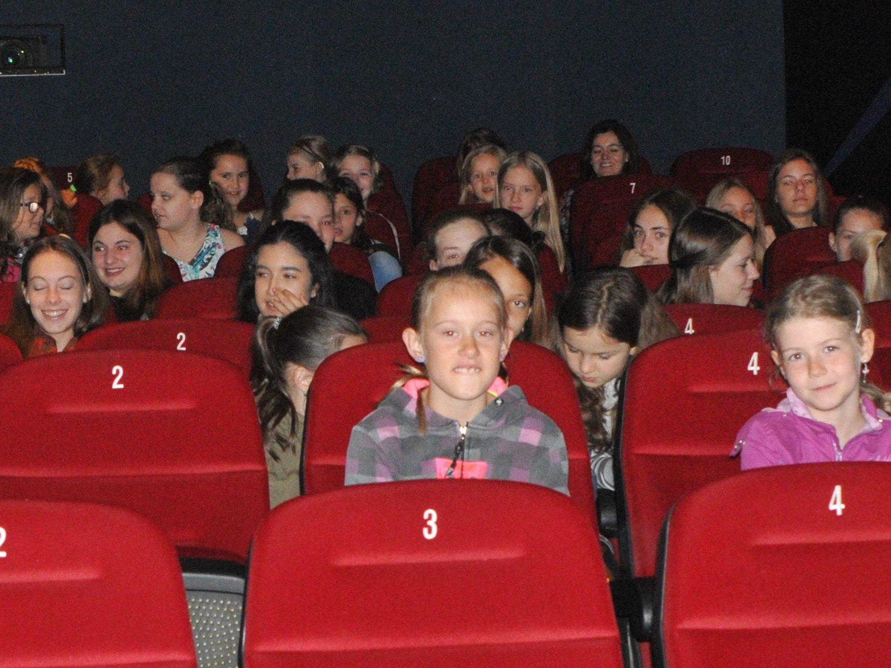 Junge KünstlerInnen treffen sich im Kino