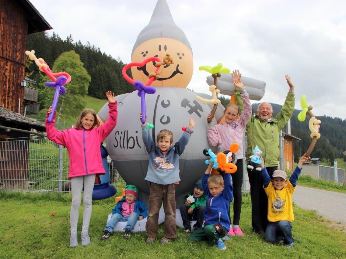 Kinder und Erwachsene fanden den SILBI-Tag ganz aufregend und lustig.