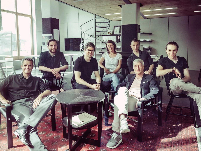 """Die Design Thinker und Design Manager des studio spitzar fordern """"Designer an die Macht""""."""