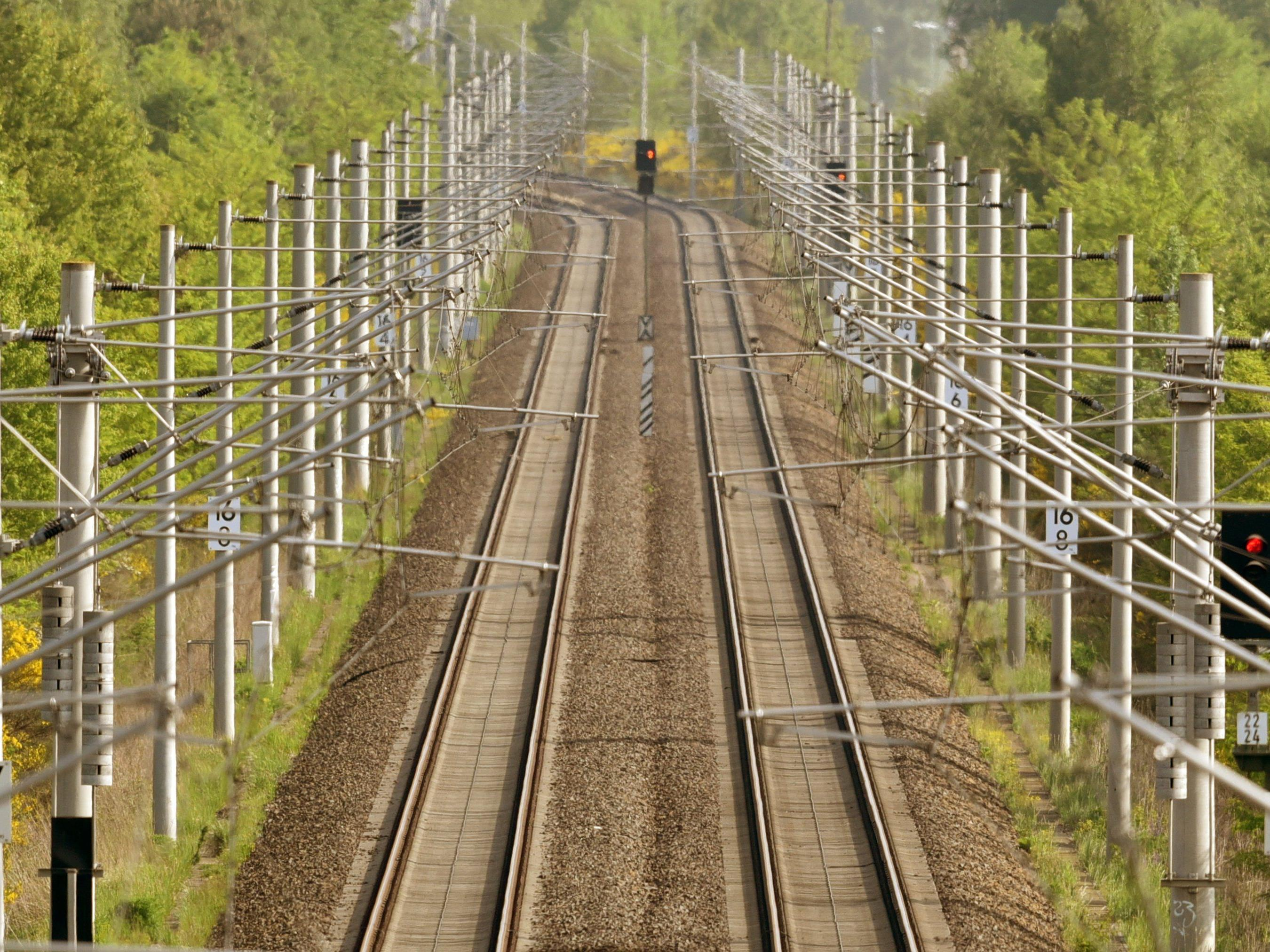 Ab Mittwoch wohl wieder vertrautes Bild in Deutschland: Es fährt kein Zug nach Irgendwo.