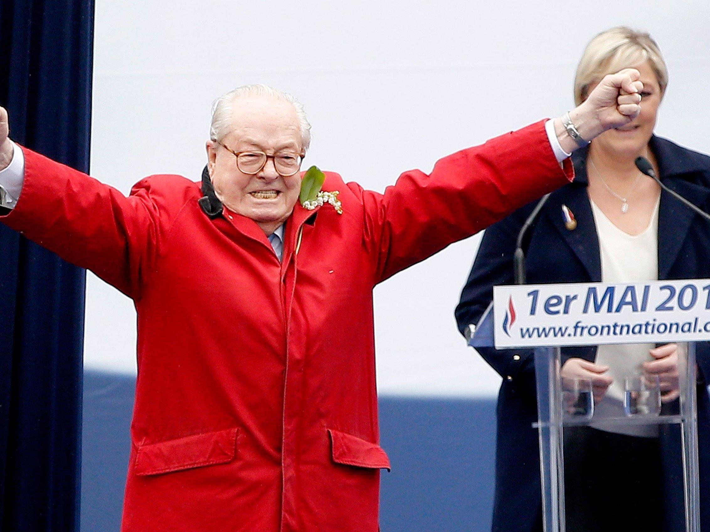 Jean-Marie Le Pen hält nicht viel vom Kurs, den seine Tochter dem FN verordnet hat.