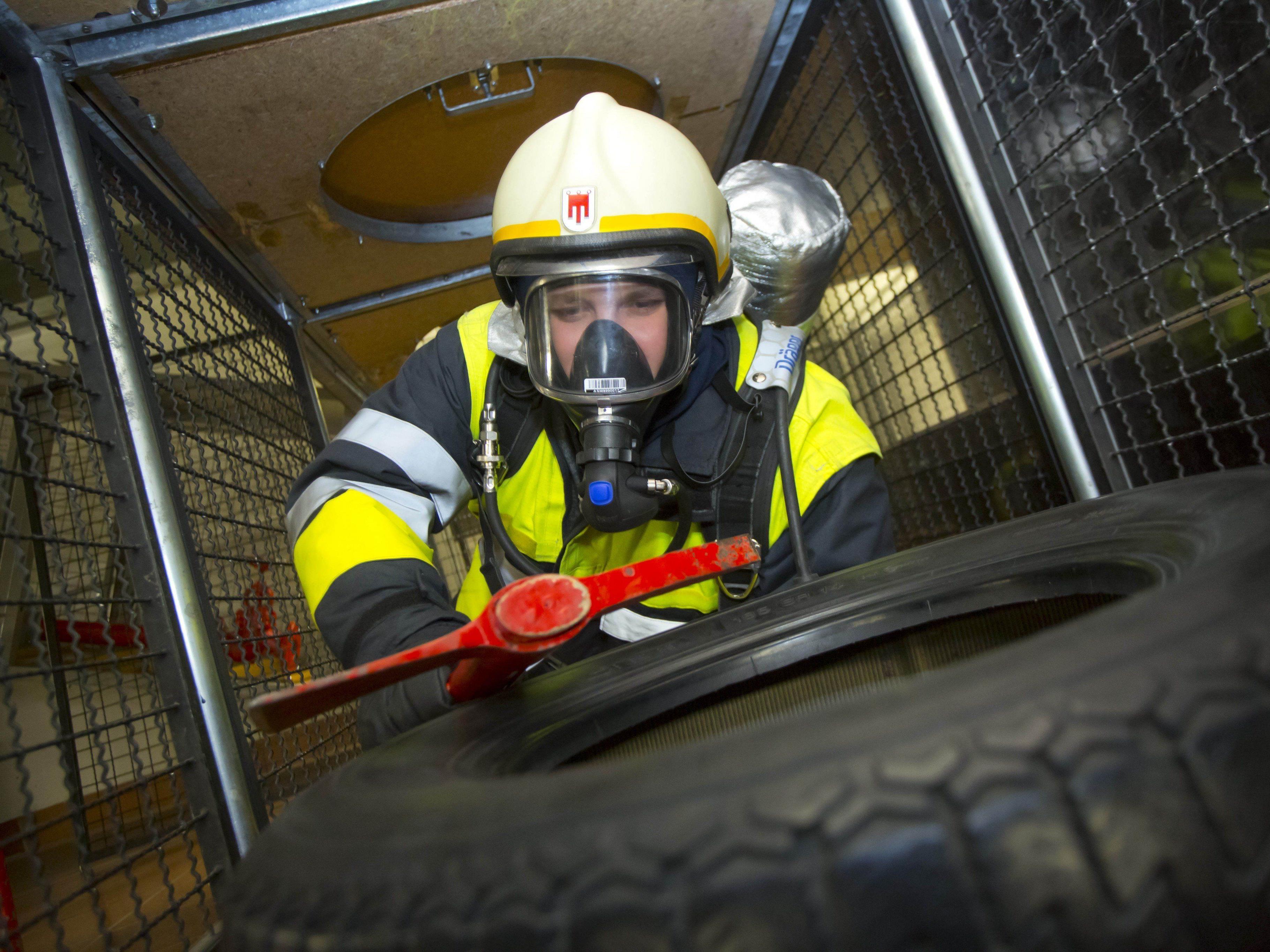Die Feuerwehren werden mit 490.000 Euro unterstützt.