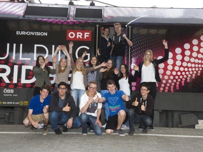 Über 200 Vorarlberger Schülerinnen und Schüler fahren am 20. Mai 2015 nach Wien