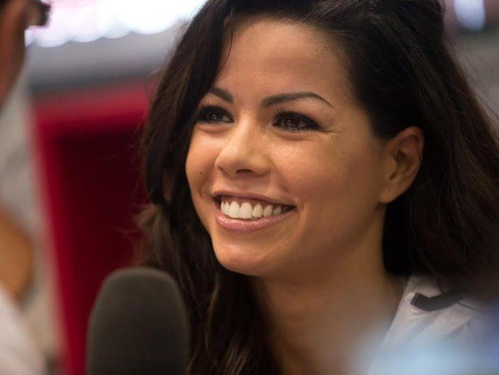 TV Stargast Fernanda Brandao sorgte beim Frauenlauf für großes Aufsehen
